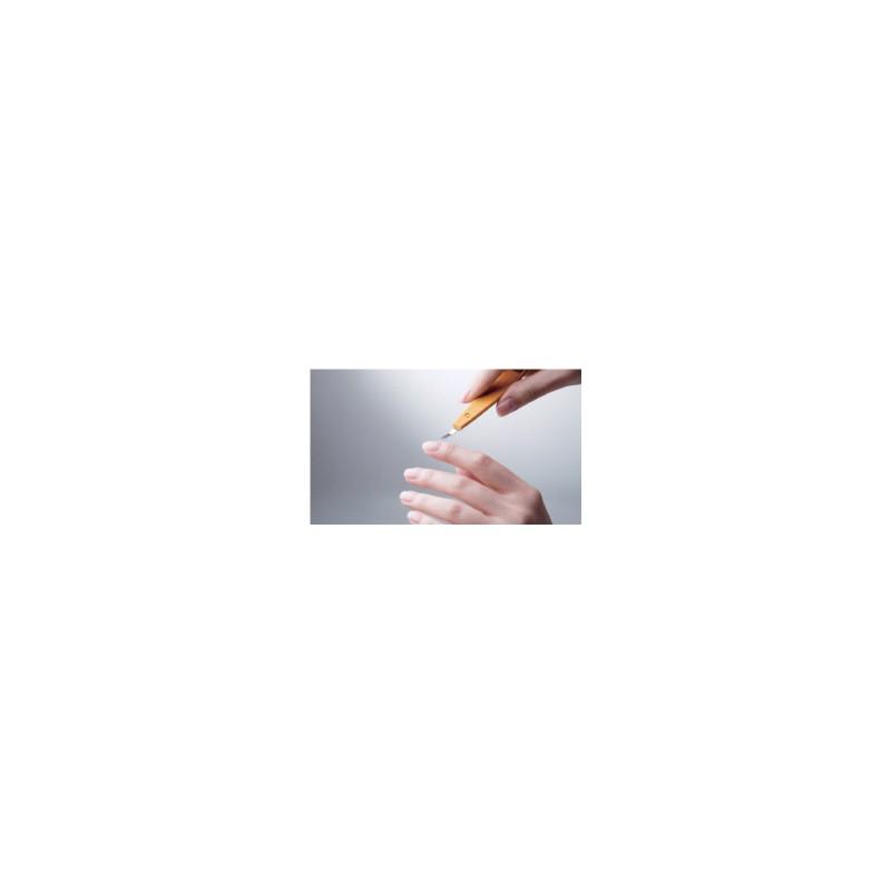 3 in 1 Maniküre Instrument: Nagelhautschieber, Hautmesser und Nagelreiniger