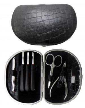 7-Piece Grey Croco Genuine Leather Manicure Set - Tenartis Made in Italy