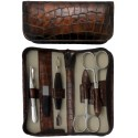 Set Manicure 5 Pezzi in Vera Pelle Marrone Croco con Cerniera - Tenartis Made in Italy